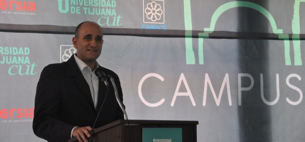 """Alberto Lati dictó su Conferencia """"Latitudes"""" en la Universidad de Tijuana"""